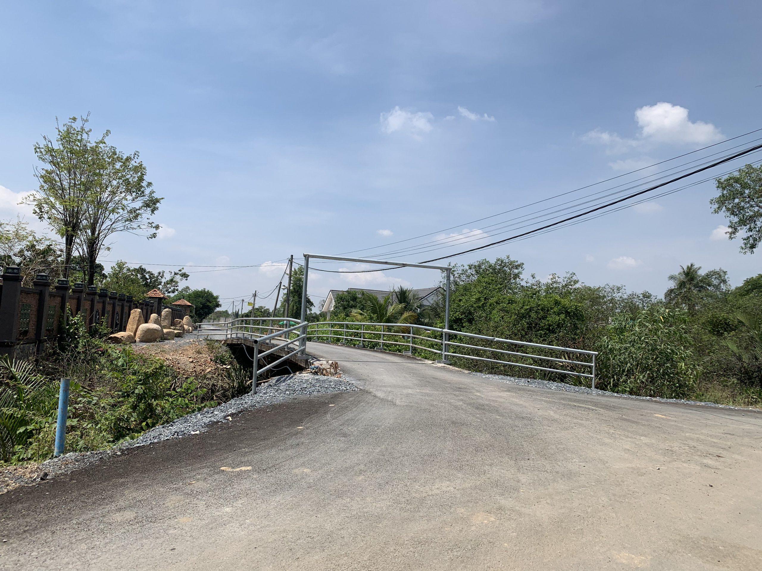 Bán 1683m2 đất vườn Long Phước